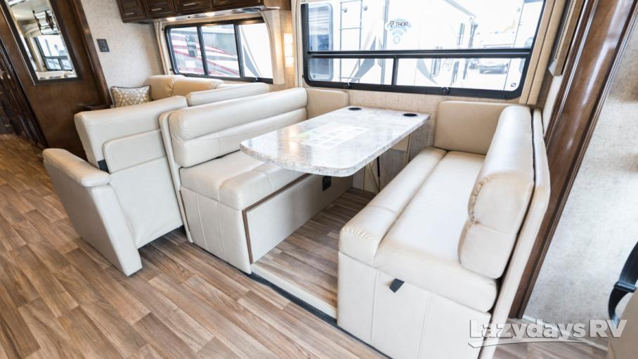 2019 Thor Motor Coach Miramar 35.3