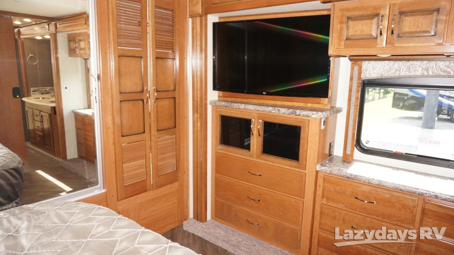 2018 Fleetwood RV Pace Arrow LXE 38F