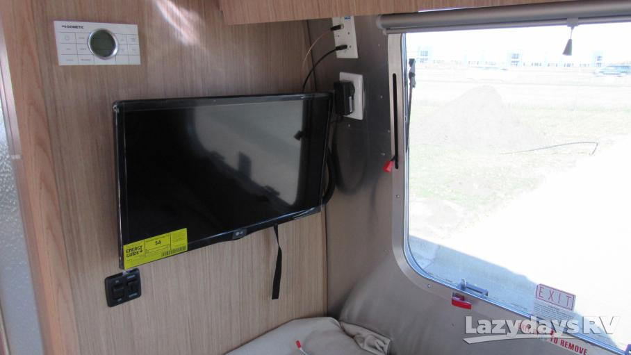 2020 Airstream Flying Cloud 25FB Twin