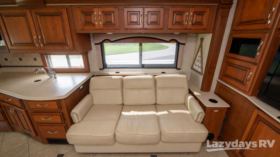 2012 Fleetwood RV Discovery 40X