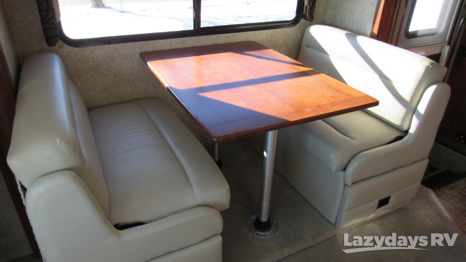 2011 Thor Motor Coach Serrano 31 V