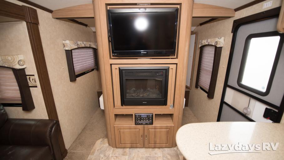 2013 Cruiser RV Enterra 303BH