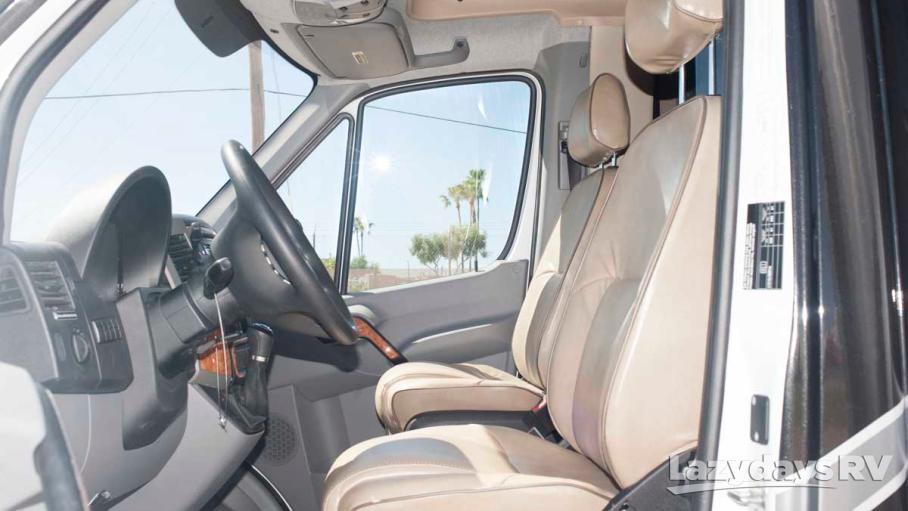 2017 Thor Motor Coach Four Winds Siesta Sprinter 24SR