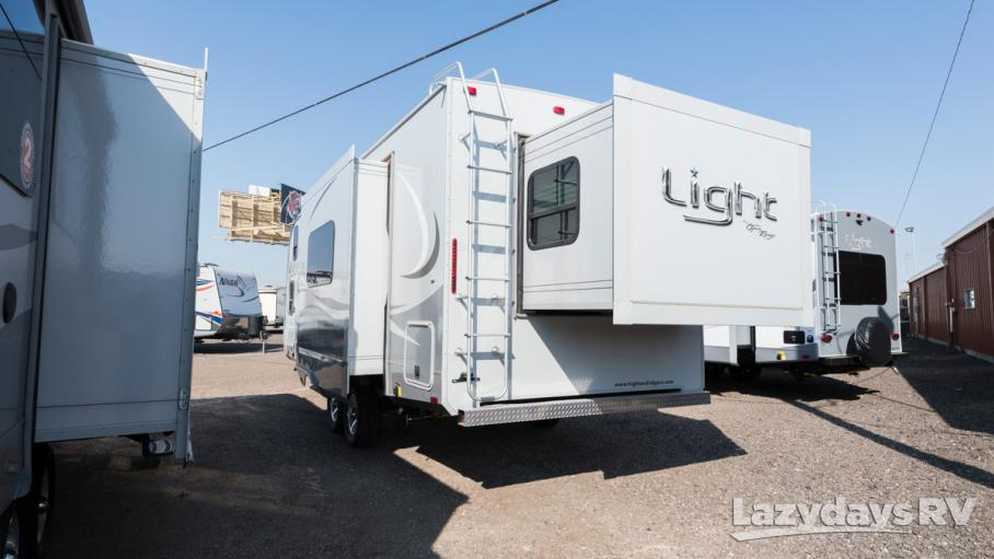 2017 Open Range Light 221RQB
