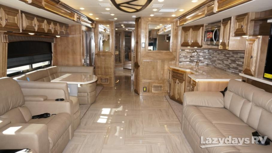 2019 Fleetwood RV Discovery LXE 44H