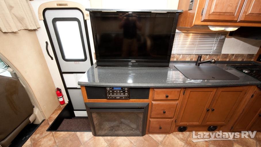 2013 Coachmen Leprechaun 319DS