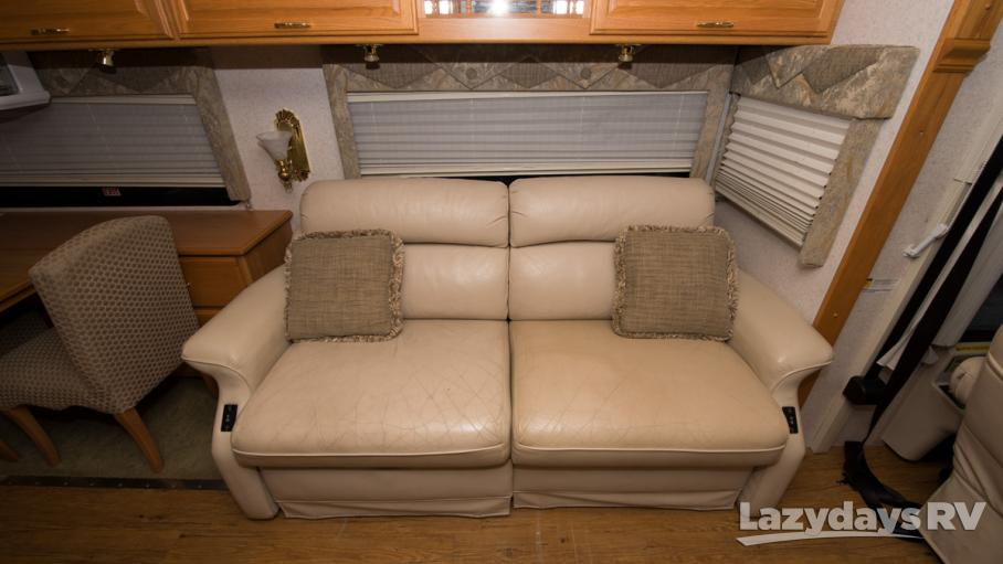 2003 Winnebago Journey 36GD