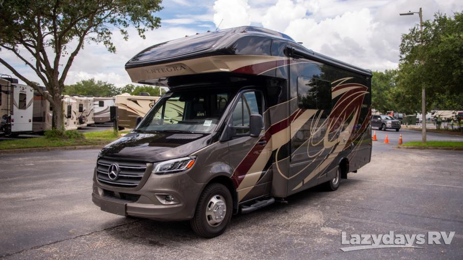 2020 Entegra Coach Qwest 24L