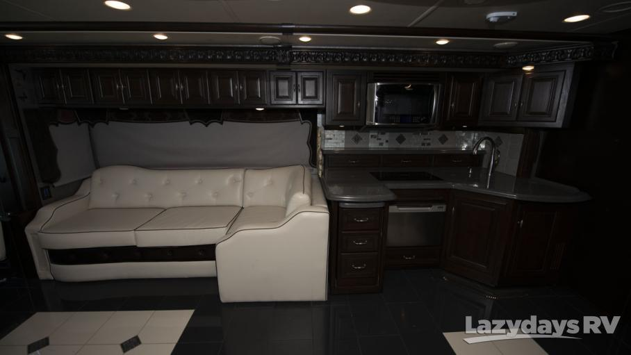 2015 Winnebago Grand Tour 42QL