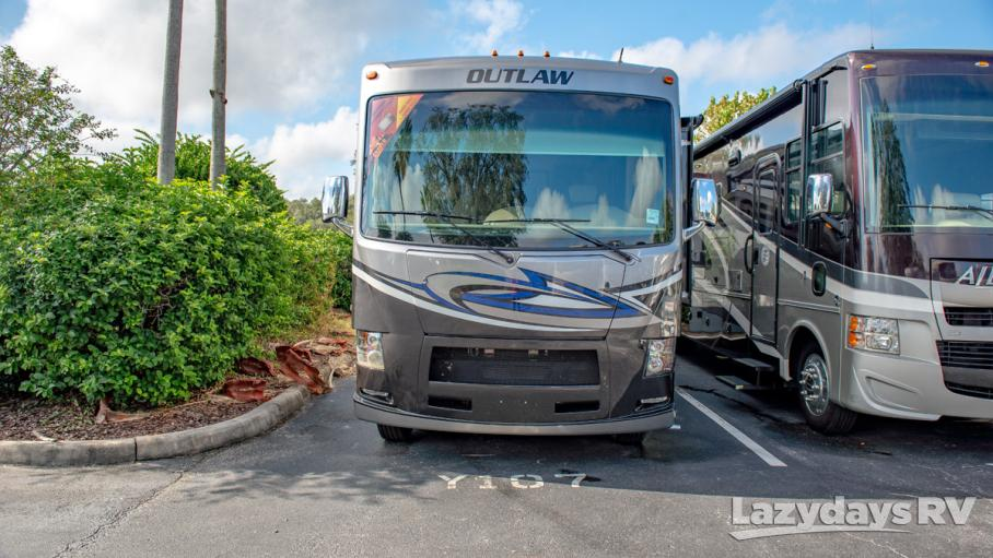 2017 Thor Motor Coach Outlaw 37BG