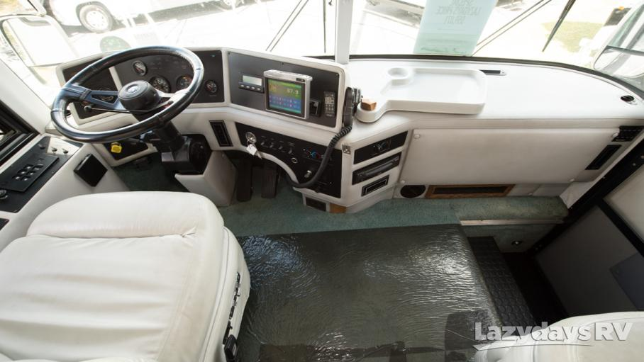 1999 Country Coach Magna 40FANFARE/SL
