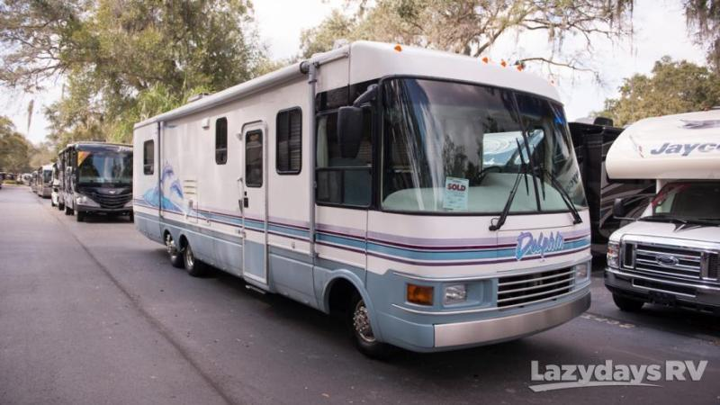 1998 National RV Dolphin