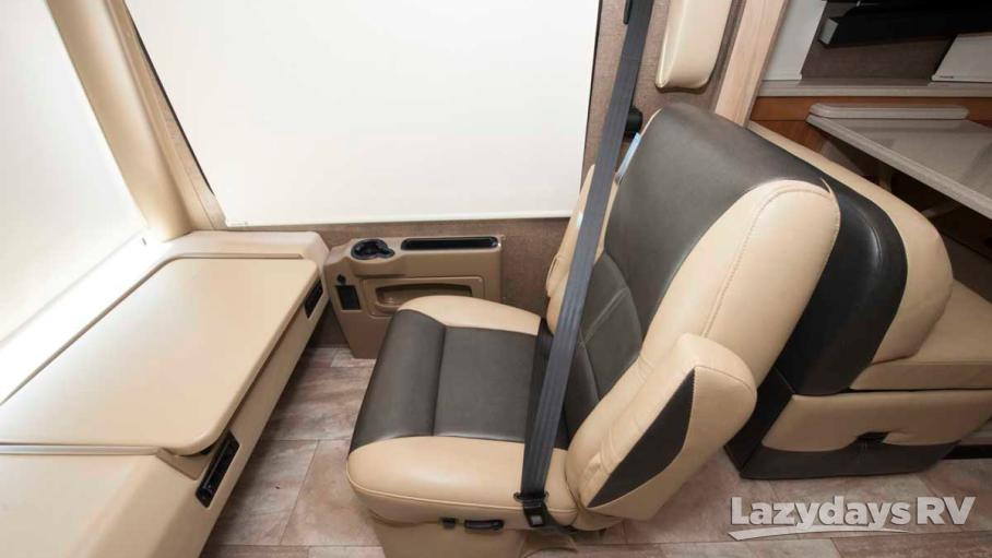 2017 Thor Motor Coach Palazzo 33.4