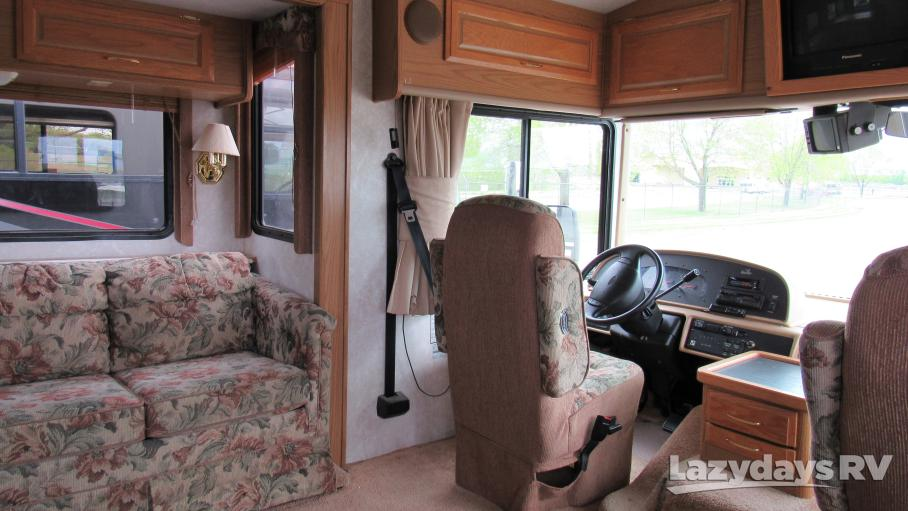 1999 Fleetwood RV Bounder Classic 34T