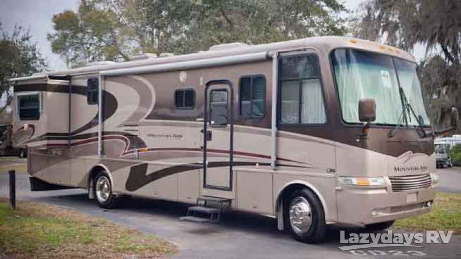 2004 Newmar Mountain Aire UNK
