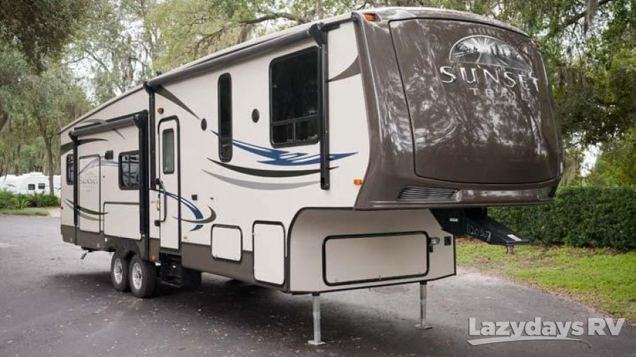 2013 Crossroads RV Sunset Trail 32RL