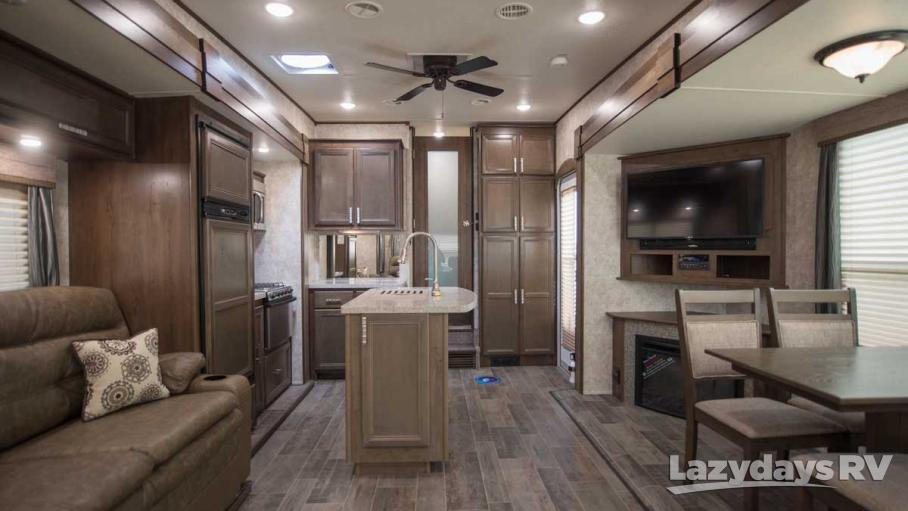 2018 Highland Ridge RV Roamer 316RLS