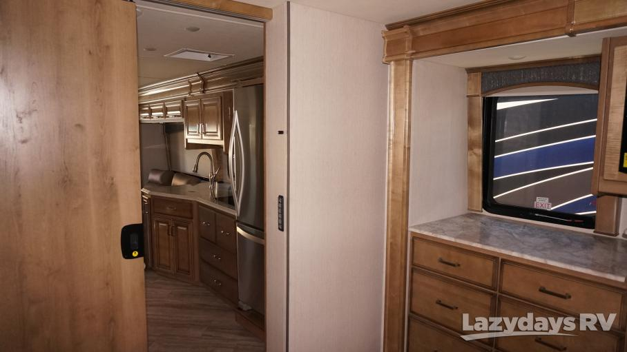 2020 Fleetwood RV Pace Arrow 35QS