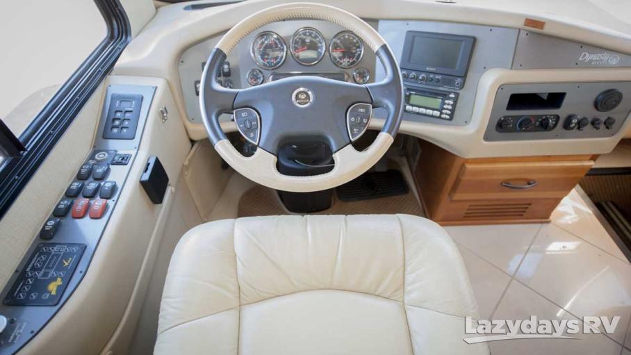 2008 Monaco Dynasty 43 Squire