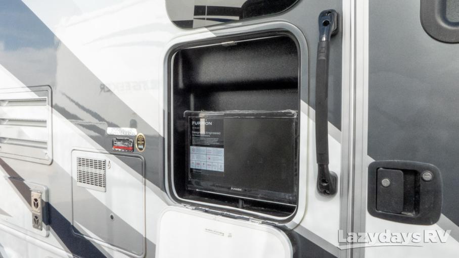 2019 Forest River Sunseeker MBS 2400WSD