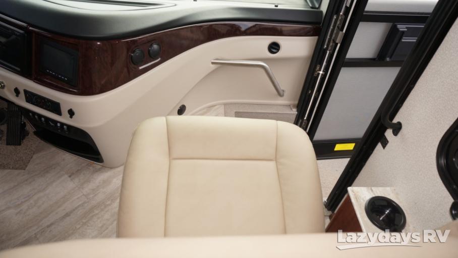 2019 Fleetwood RV Pace Arrow LXE 38F