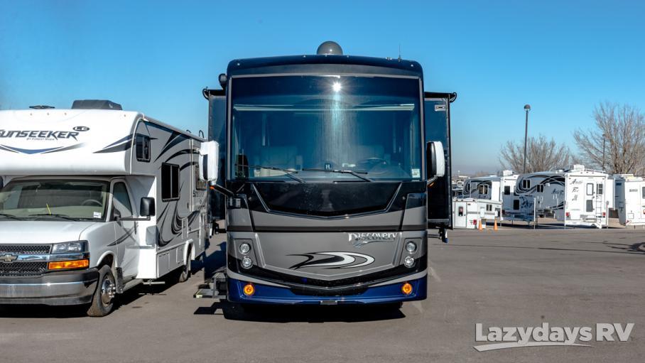 2019 Fleetwood RV Discovery 38N