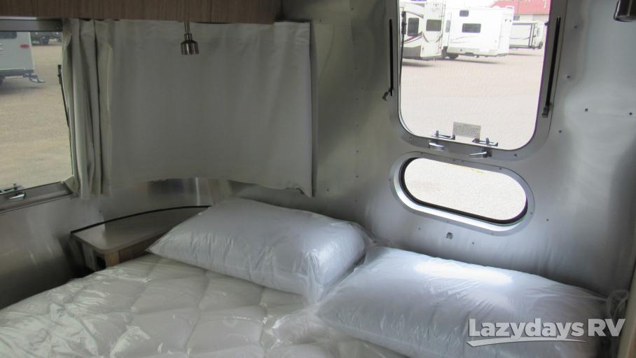 2020 Airstream Flying Cloud 25FB