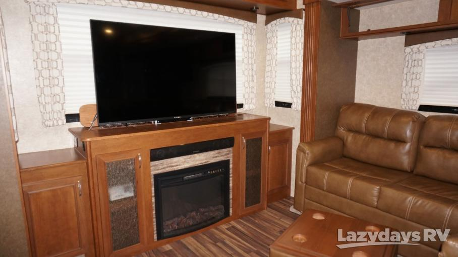 2017 Highland Ridge RV Roamer  347RES