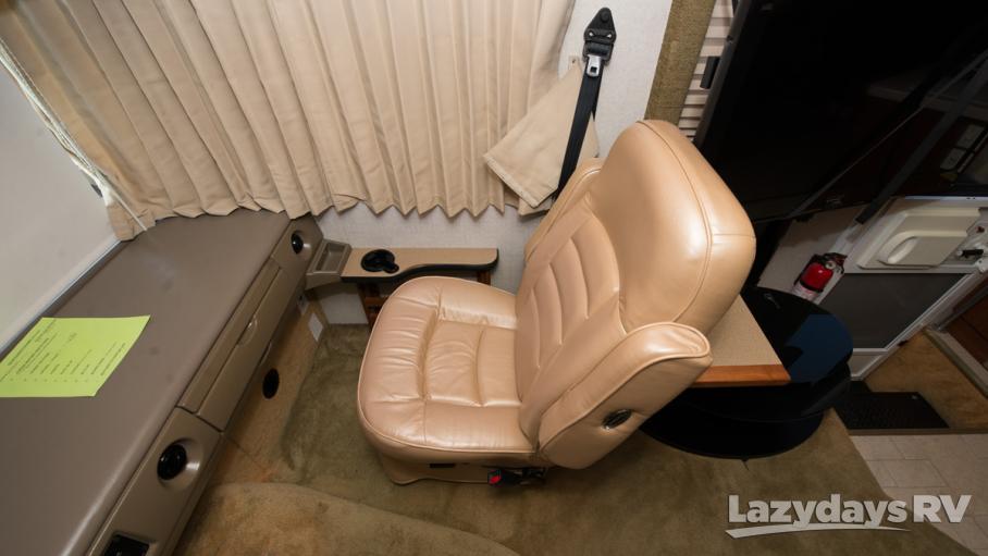 2004 Fleetwood RV Bounder 35R