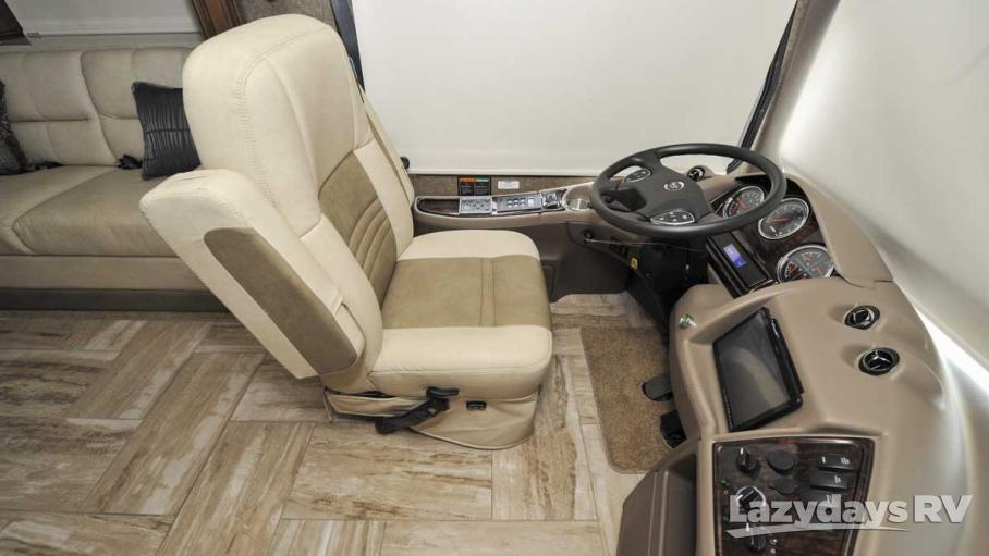 2017 Thor Motor Coach Venetian M37