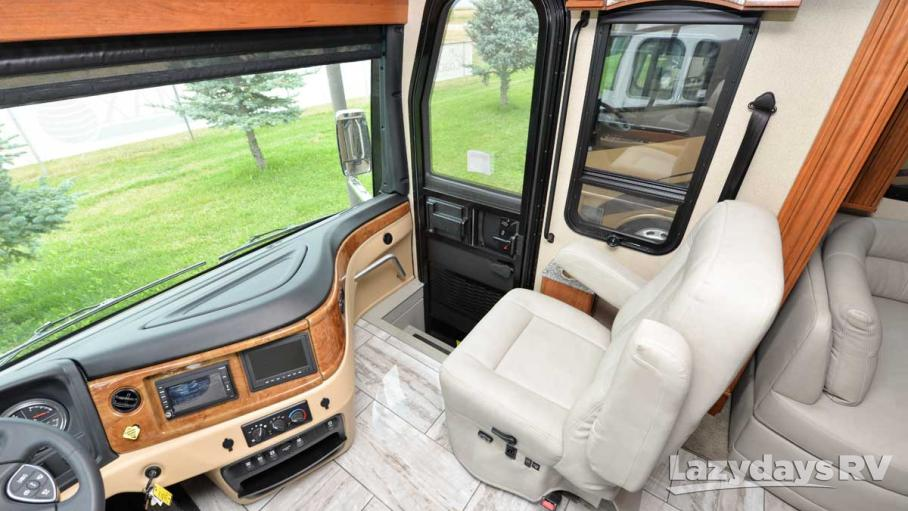 2017 Fleetwood RV Discovery 39G
