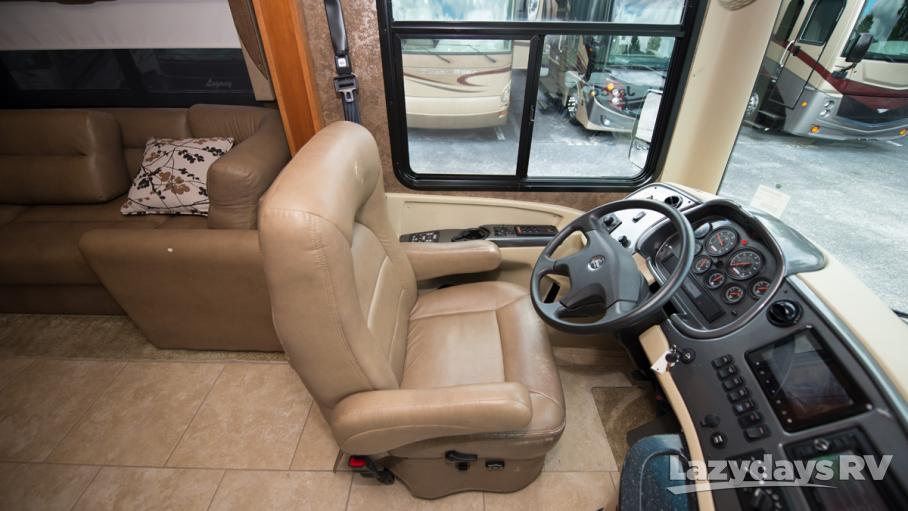 2014 Tiffin Motorhomes Allegro RED 33AA