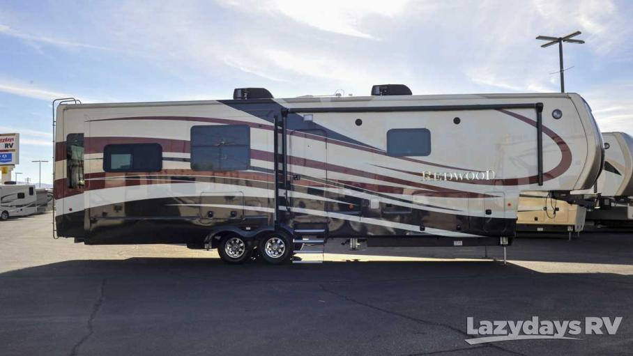 2016 Redwood RV Redwood 39MB