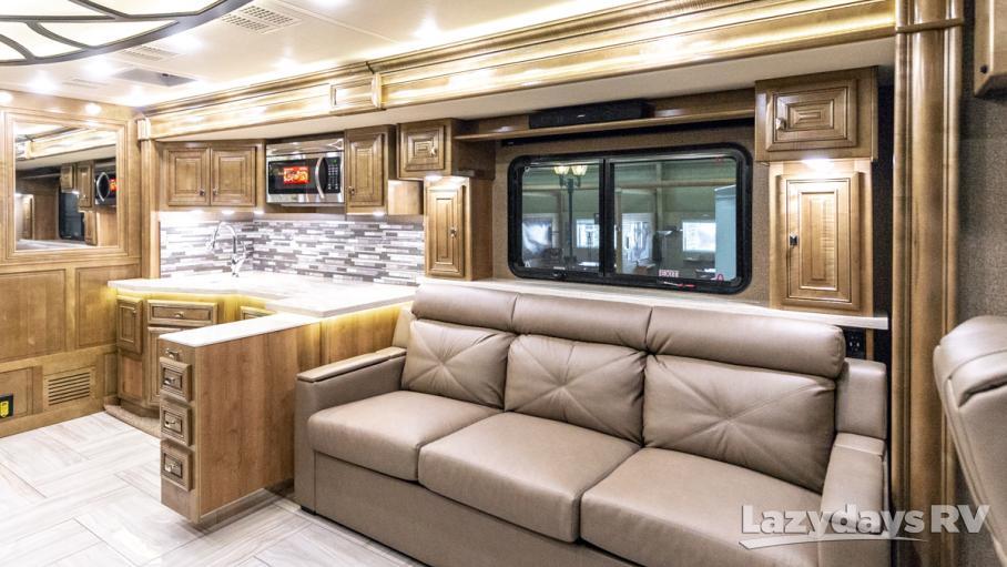 2019 Fleetwood RV Discovery LXE 44B