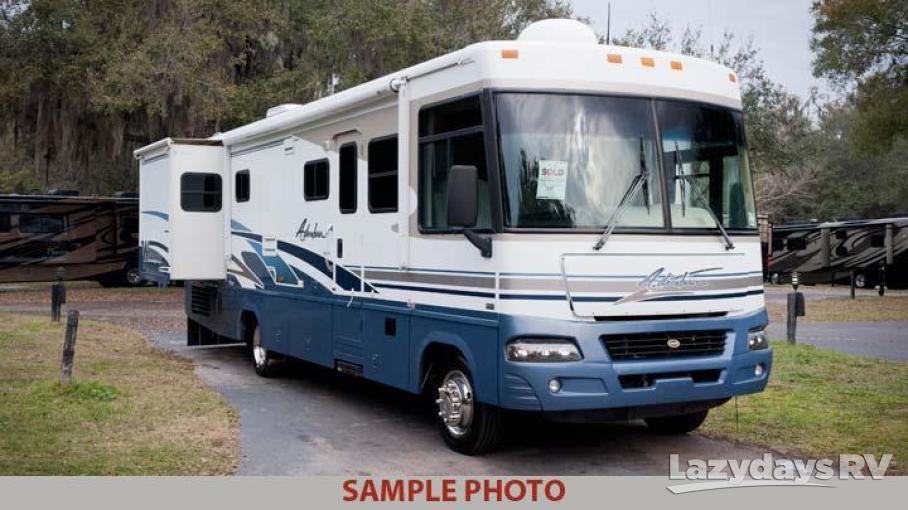 2003 Winnebago Adventurer 33V
