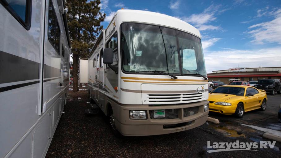 2003 Fleetwood RV Bounder 32W