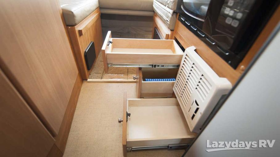 2009 Winnebago ERA 170XL