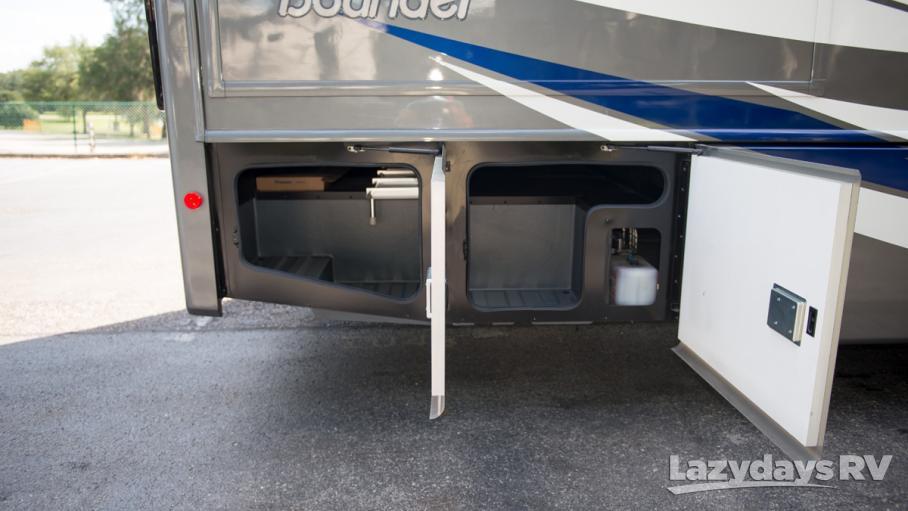 2019 Fleetwood RV Bounder 33C
