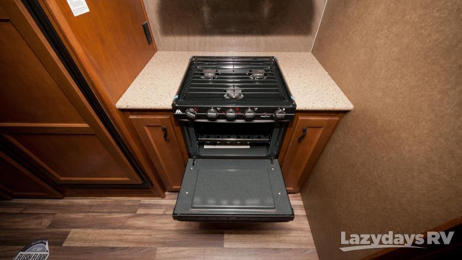 2017 Open Range Light 319RLS