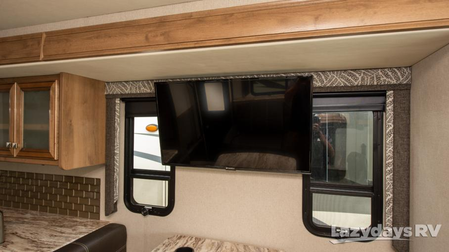 2019 Holiday Rambler Admiral  28A