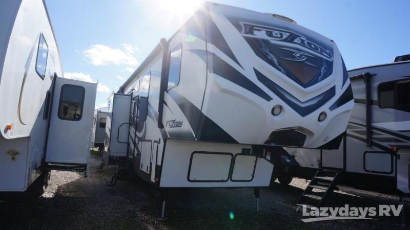 2015 Keystone RV Fuzion Series