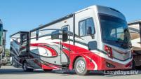 2017 Fleetwood RV Pace Arrow