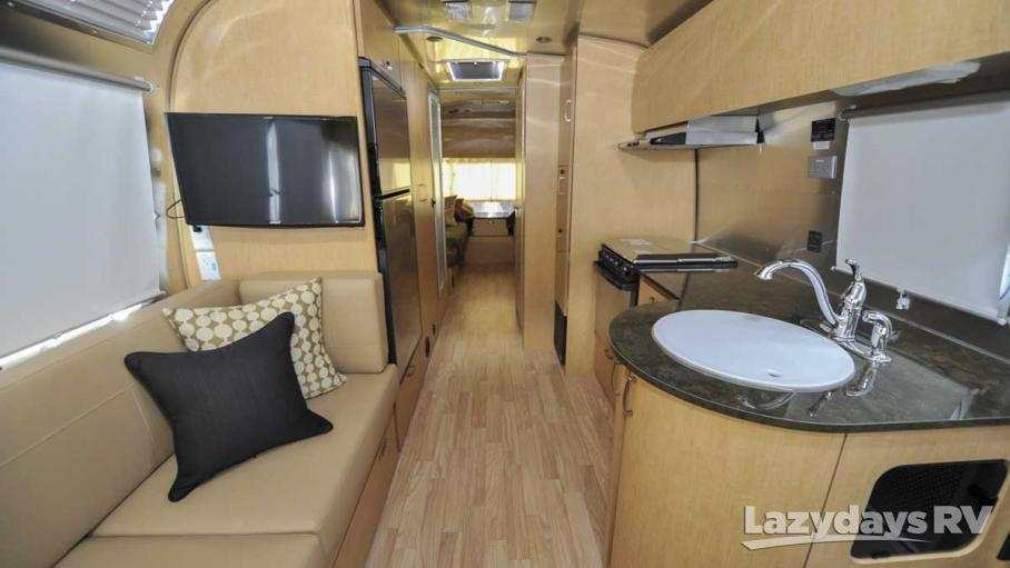 2016 Airstream Flying Cloud 27FB