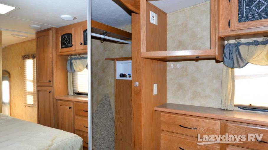 2008 Heartland Bighorn 3370RL