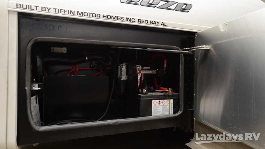 2017 Tiffin Motorhomes Breeze 31BR