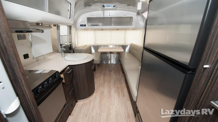2014 Airstream International Signature 25FB