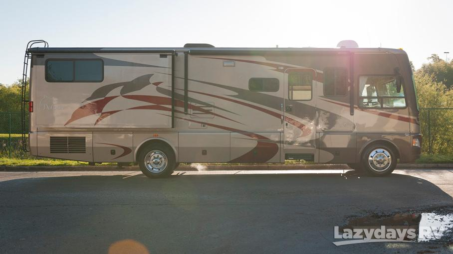 2007 National RV Dolphin 5355