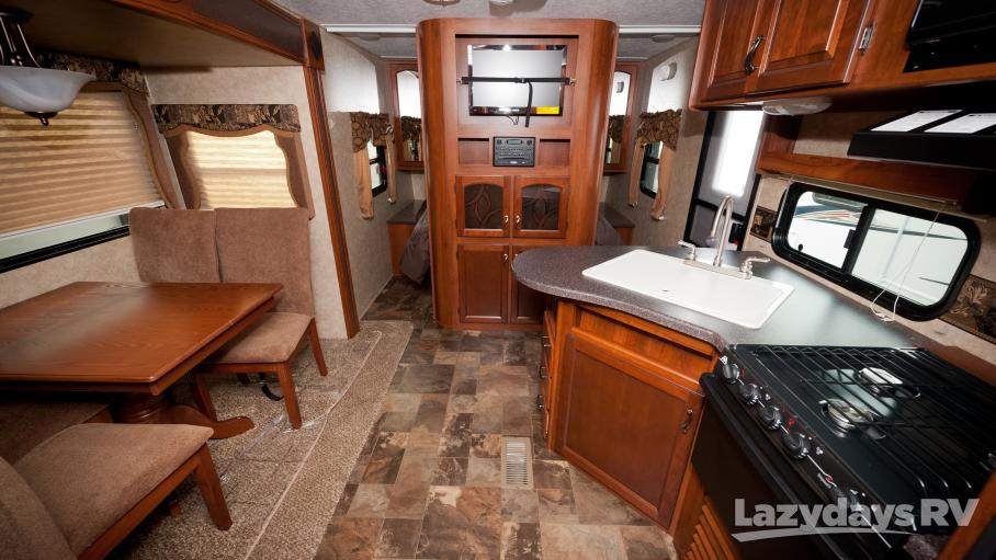 2014 Prime Time Tracer Executive Series 230FBS