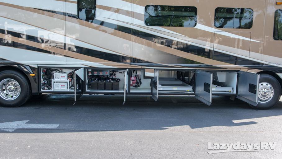 2013 American Coach American Eagle 45T