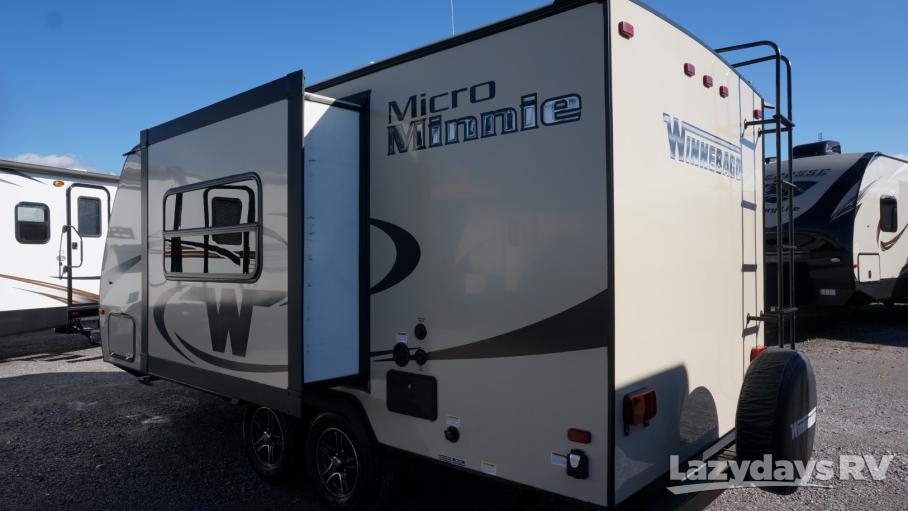 2017 Winnebago Minnie  2106FBS